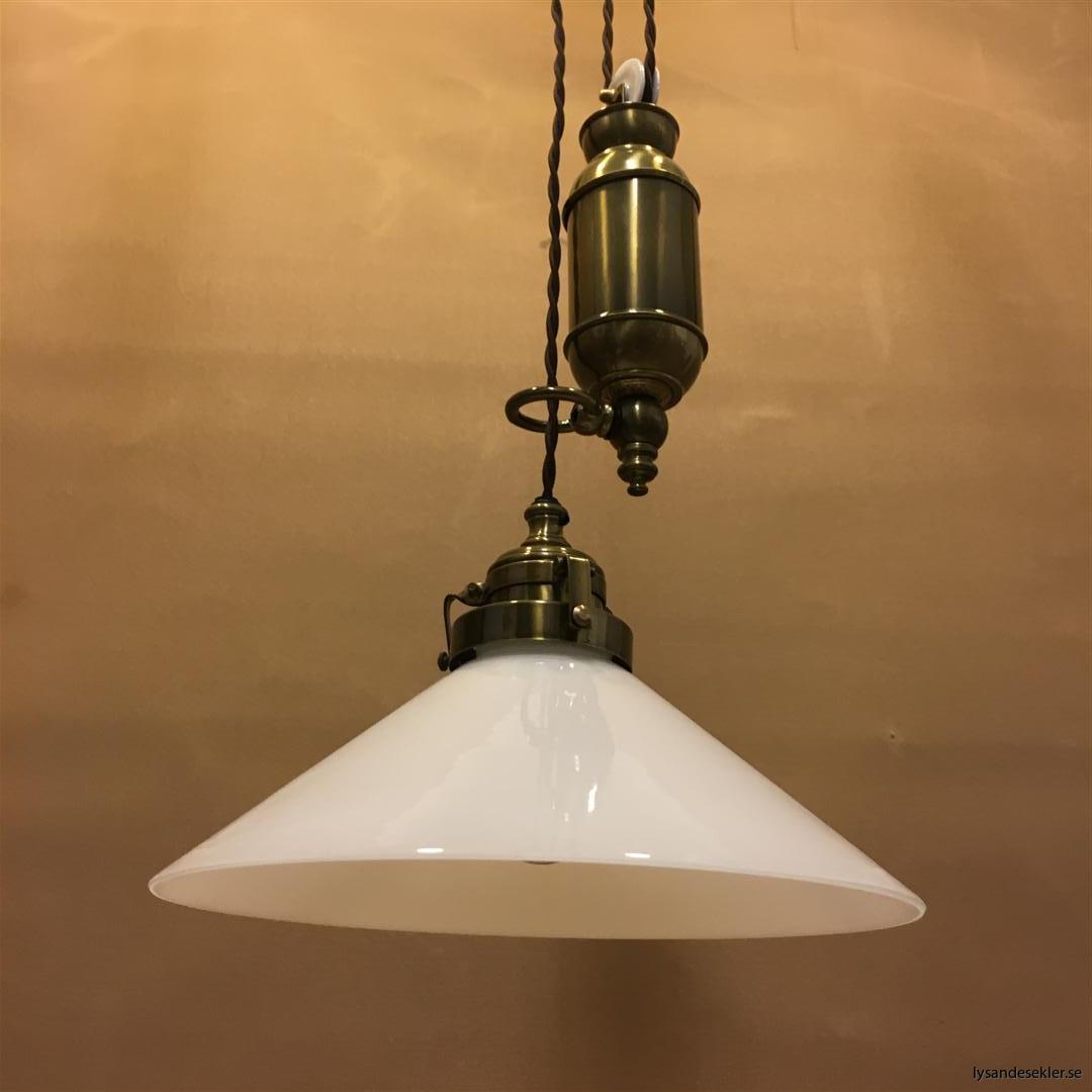 hisslampa elektrisk taklampa med hiss (125)