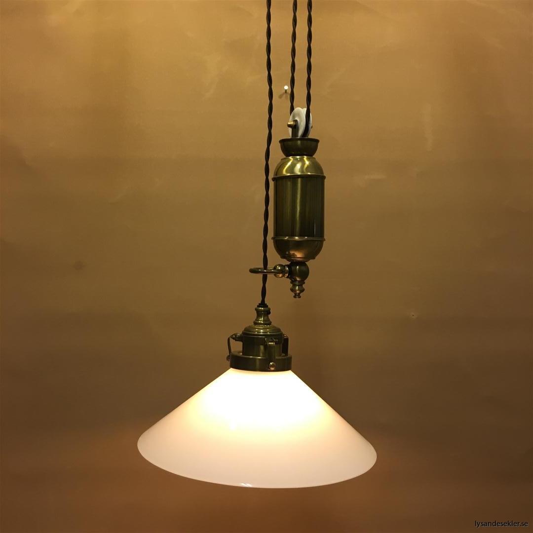 hisslampa elektrisk taklampa med hiss (119)
