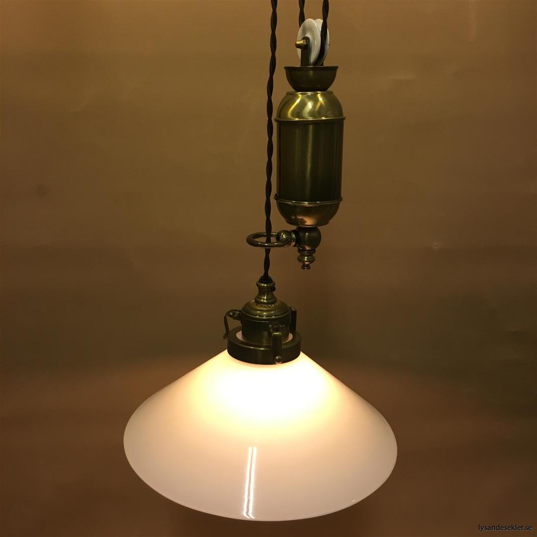 hisslampa elektrisk taklampa med hiss (120)