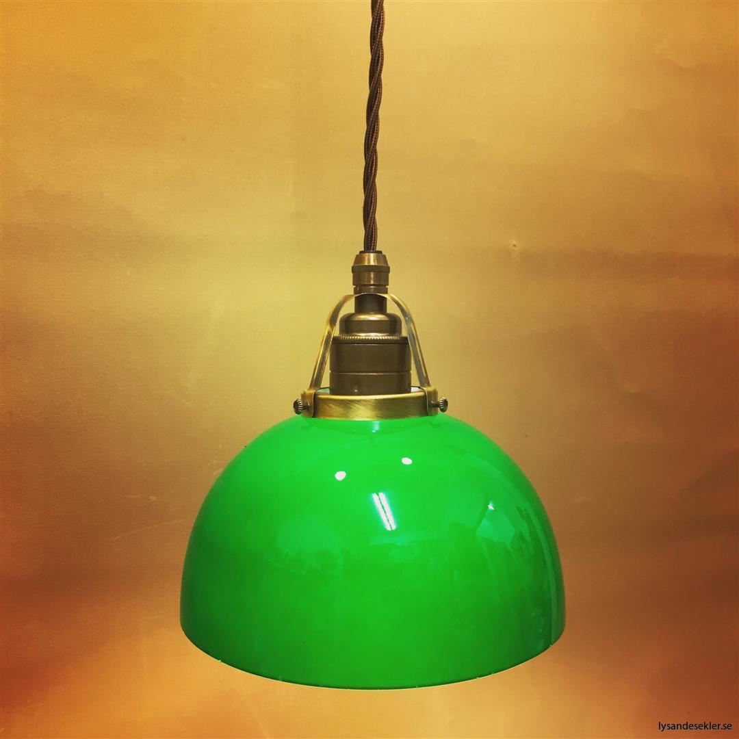 fönsterlampa tygsladd brun antik klofattning (1)