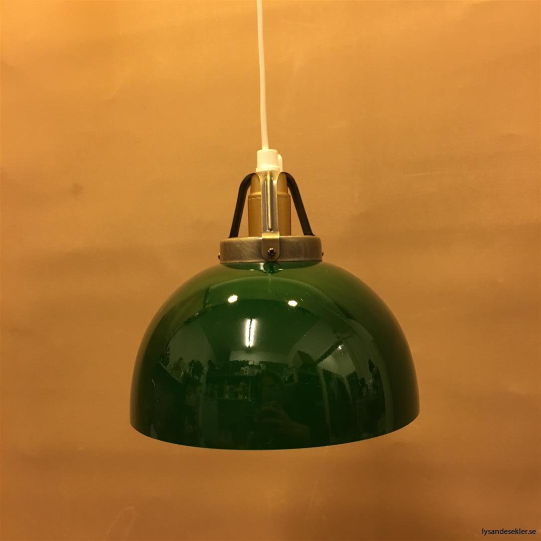 fönsterlampa vit plastsladd med tak- eller väggkontakt (4)