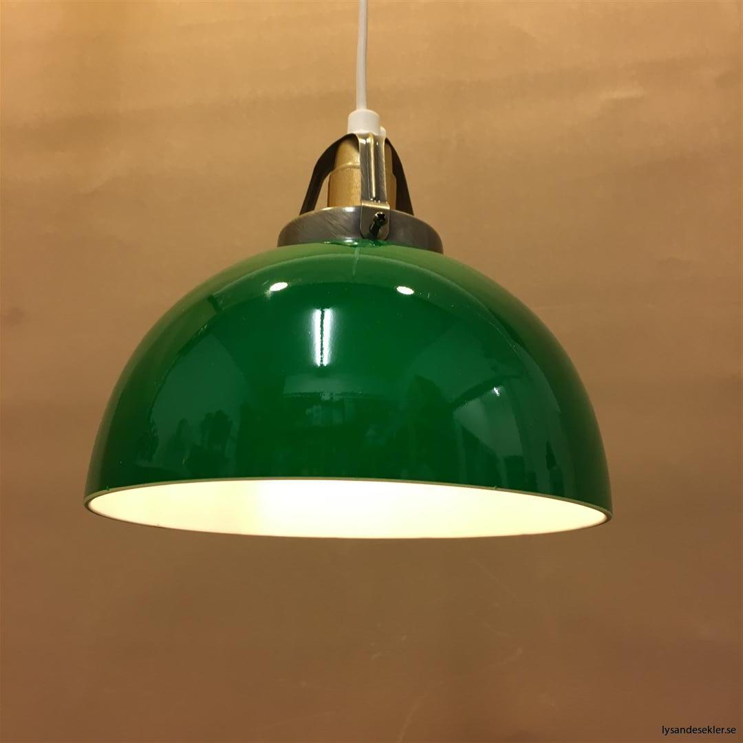 fönsterlampa vit plastsladd med tak- eller väggkontakt (1)