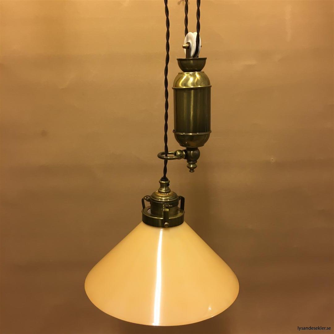 hisslampa elektrisk taklampa med hiss (110)
