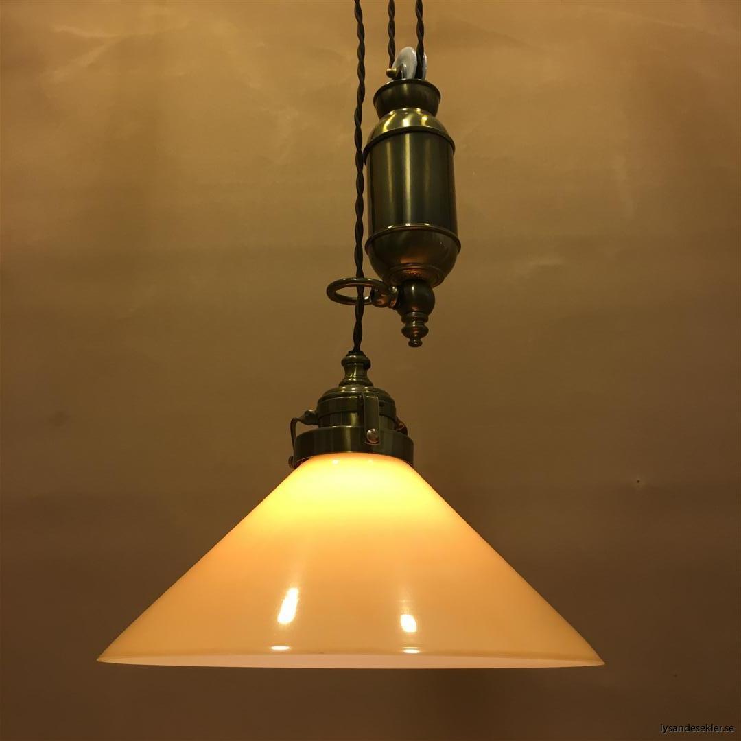 hisslampa elektrisk taklampa med hiss (106)