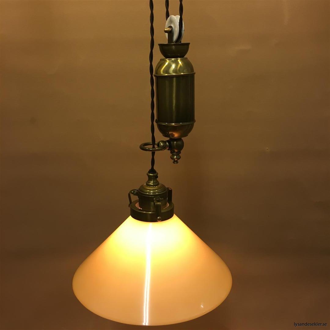 hisslampa elektrisk taklampa med hiss (104)