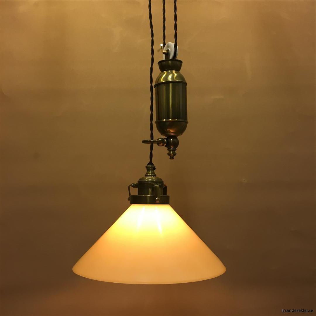 hisslampa elektrisk taklampa med hiss (105)
