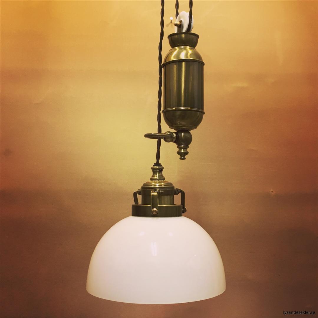 hisslampa elektrisk taklampa med hiss (128)