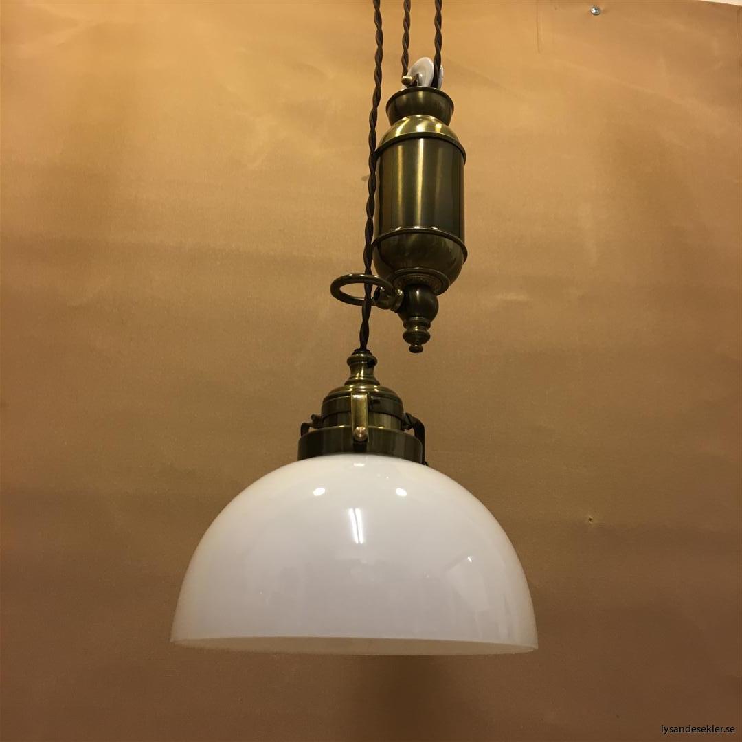 hisslampa elektrisk taklampa med hiss (130)