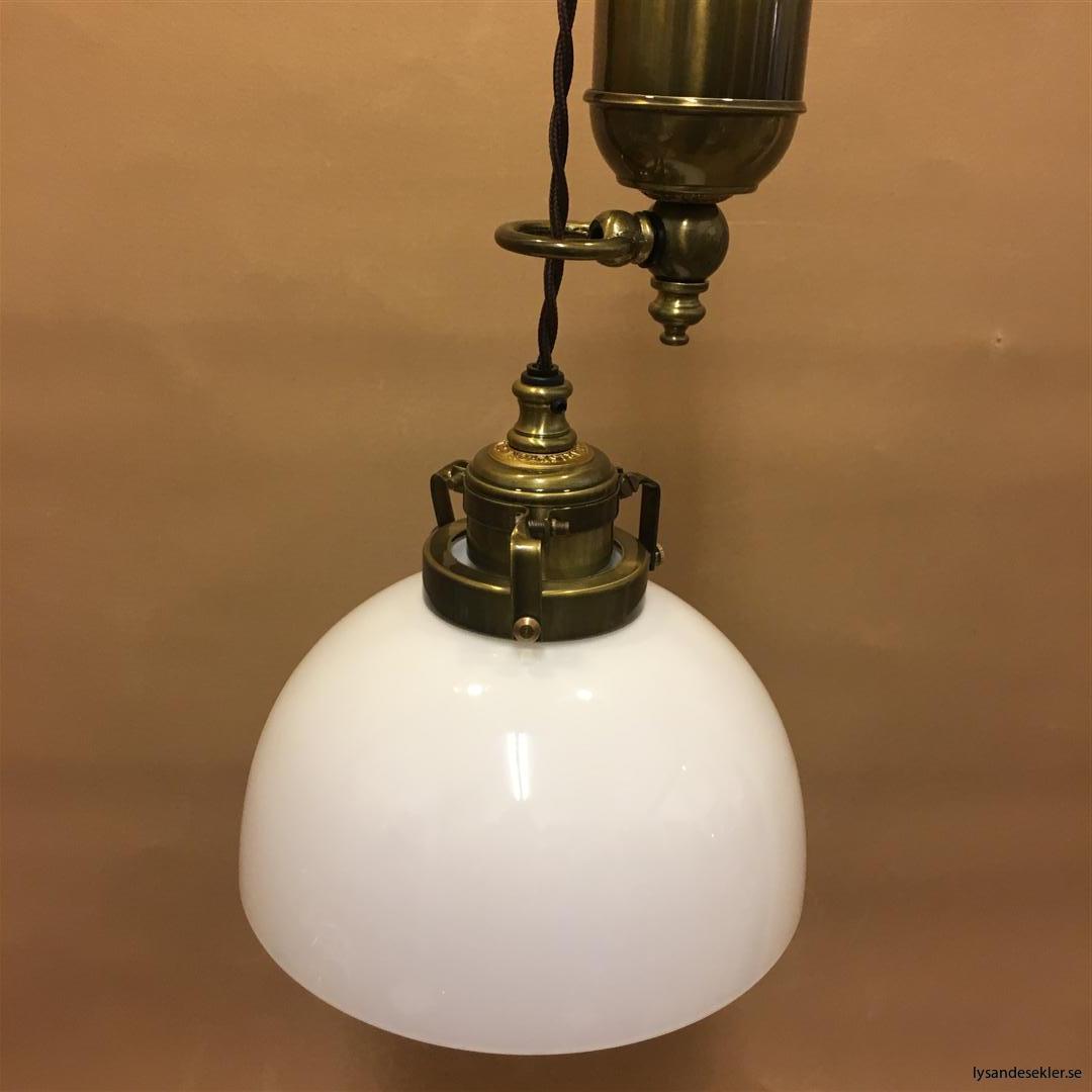 hisslampa elektrisk taklampa med hiss (127)