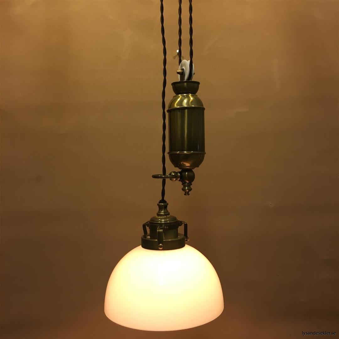 hisslampa elektrisk taklampa med hiss (132)
