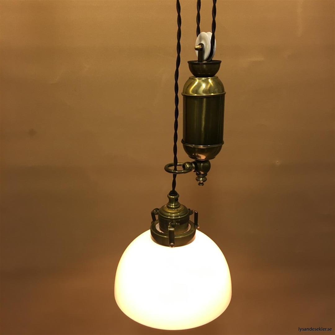 hisslampa elektrisk taklampa med hiss (131)