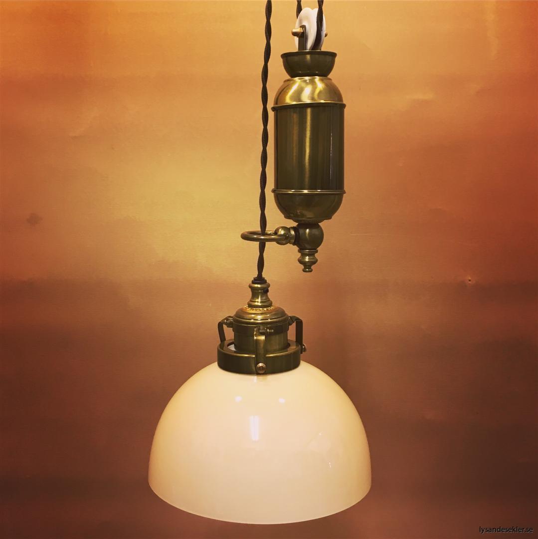 hisslampa elektrisk taklampa med hiss (116)