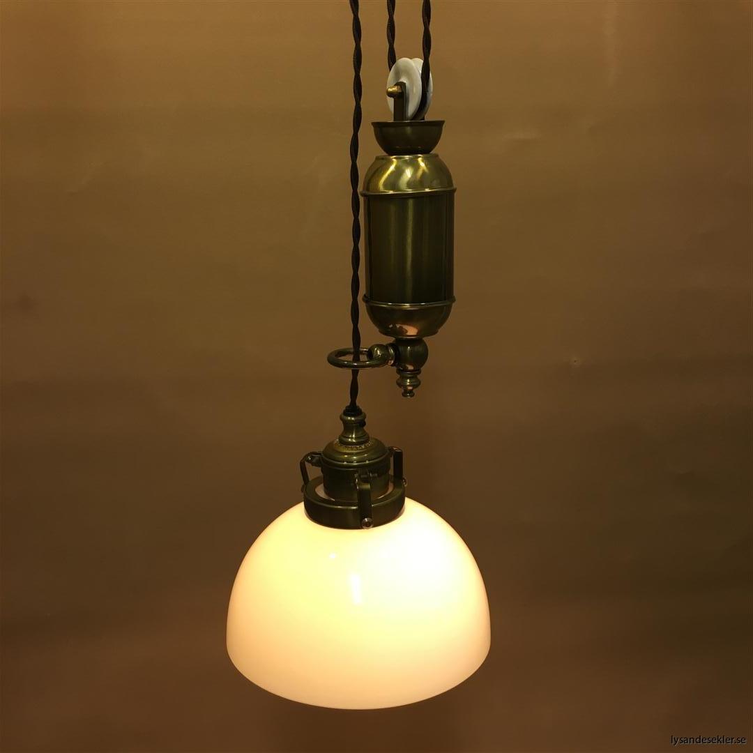 hisslampa elektrisk taklampa med hiss (112)