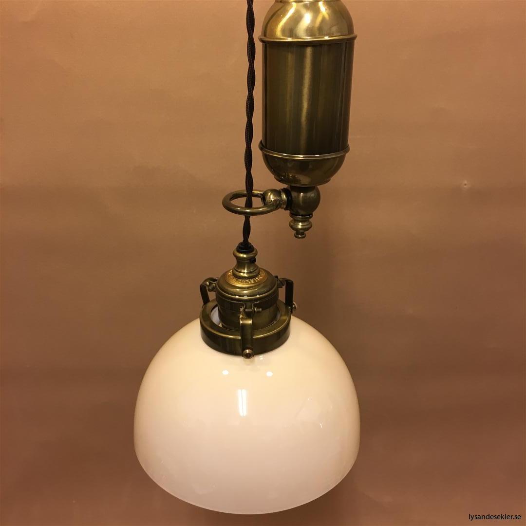 hisslampa elektrisk taklampa med hiss (115)