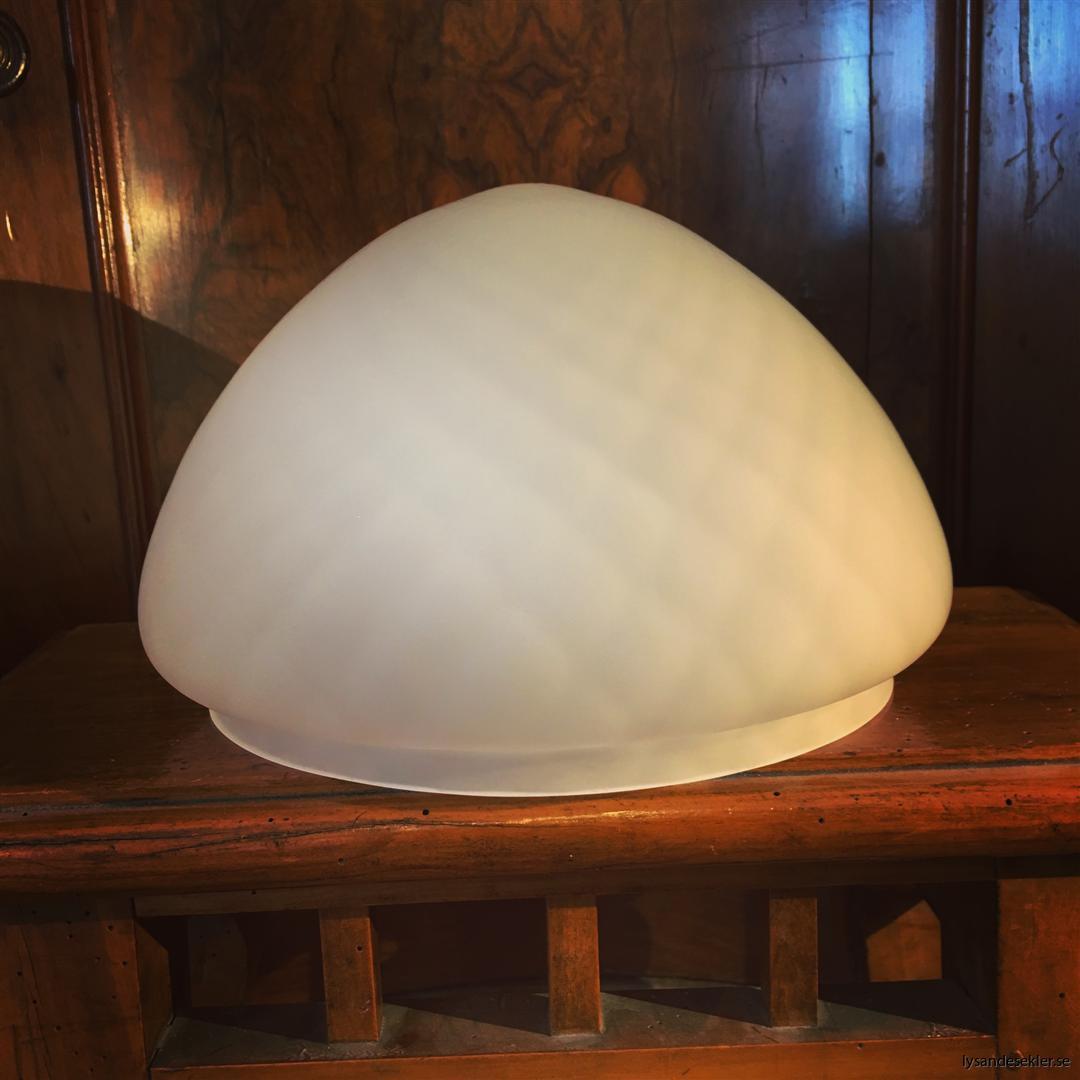 toppig skärm strindbergslampa 200 mm frostad optisk (1)