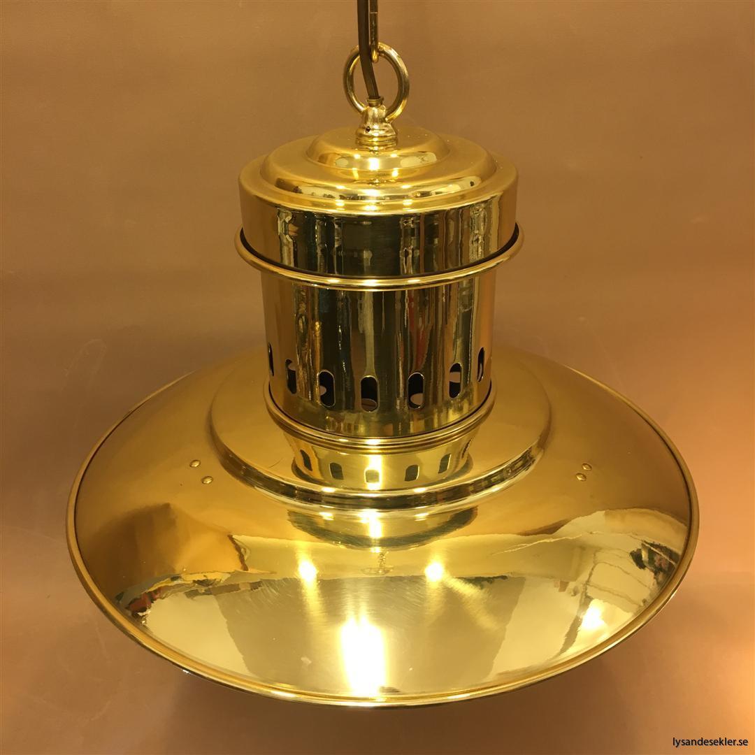 fishermans lamp fiskarelampan stor gallerarmatur lackad mässing vit skärm frostat glas (9)