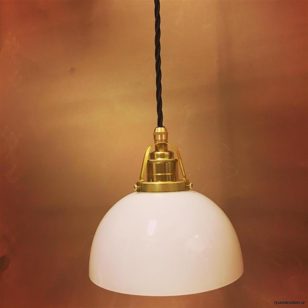 fönsterlampa i tygsladd mässing (21)