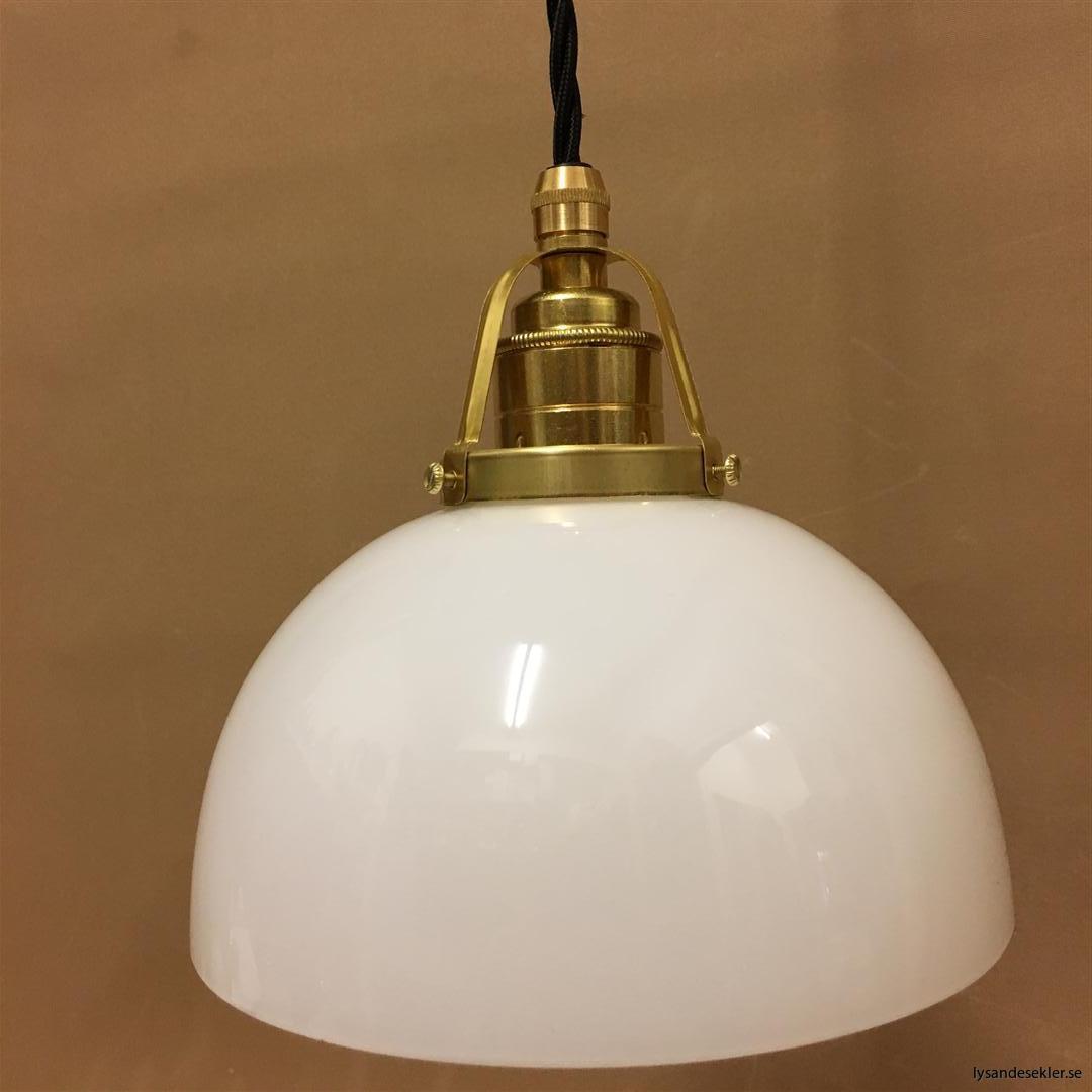 fönsterlampa i tygsladd mässing (22)