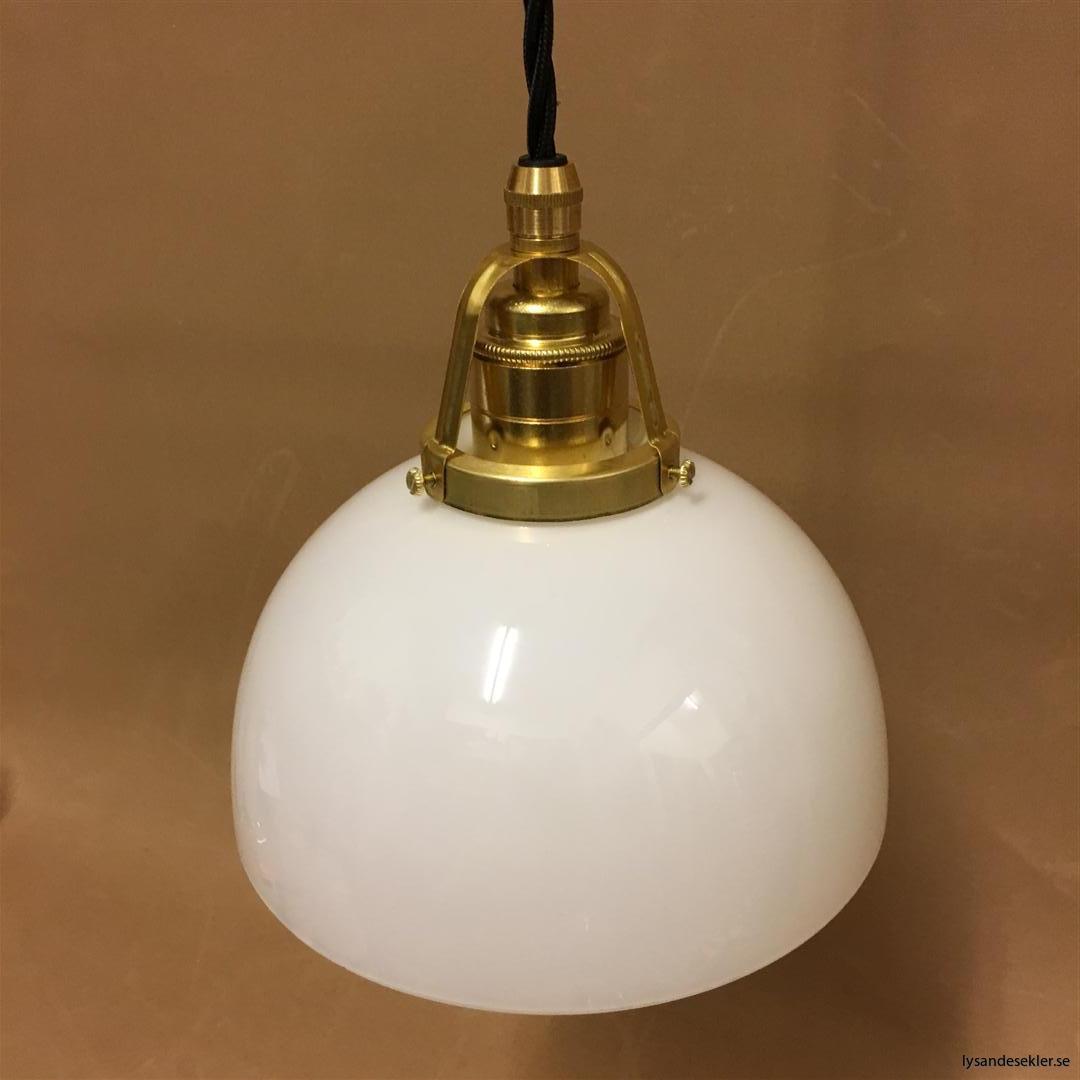 fönsterlampa i tygsladd mässing (23)