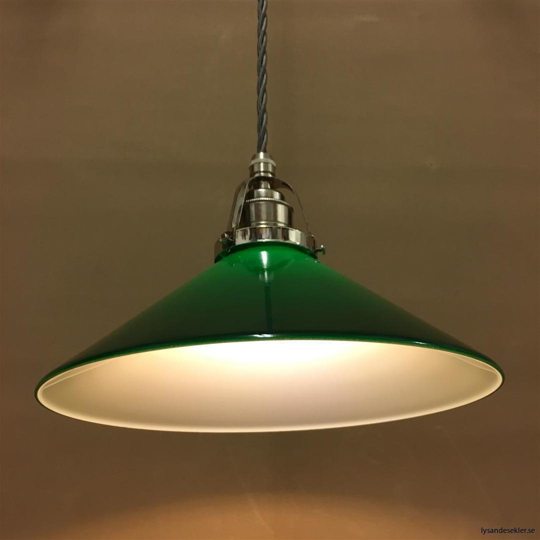 fönsterlampa i tygsladd nicklat fäste (8)