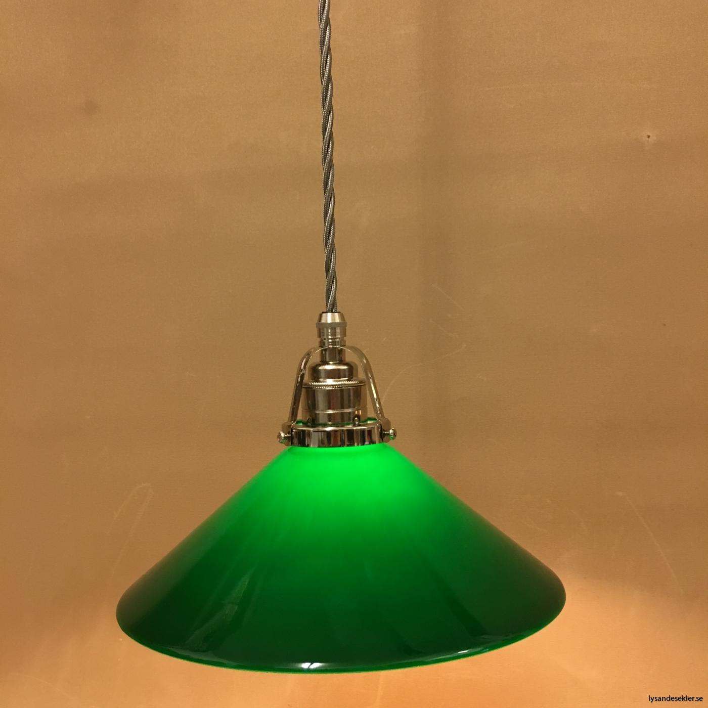 fönsterlampa i tygsladd nicklat fäste (12)