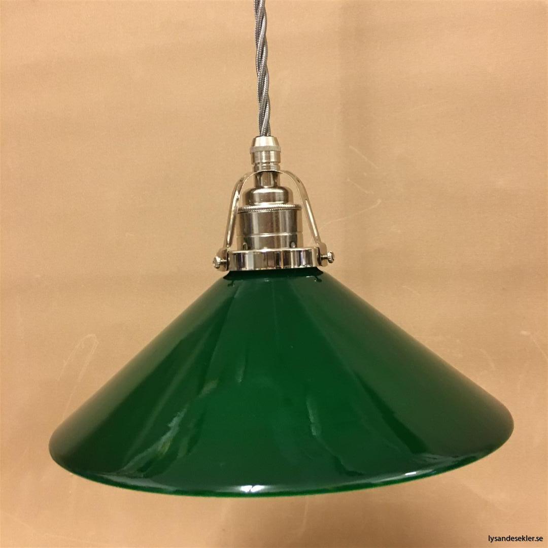 fönsterlampa i tygsladd nicklat fäste (2)