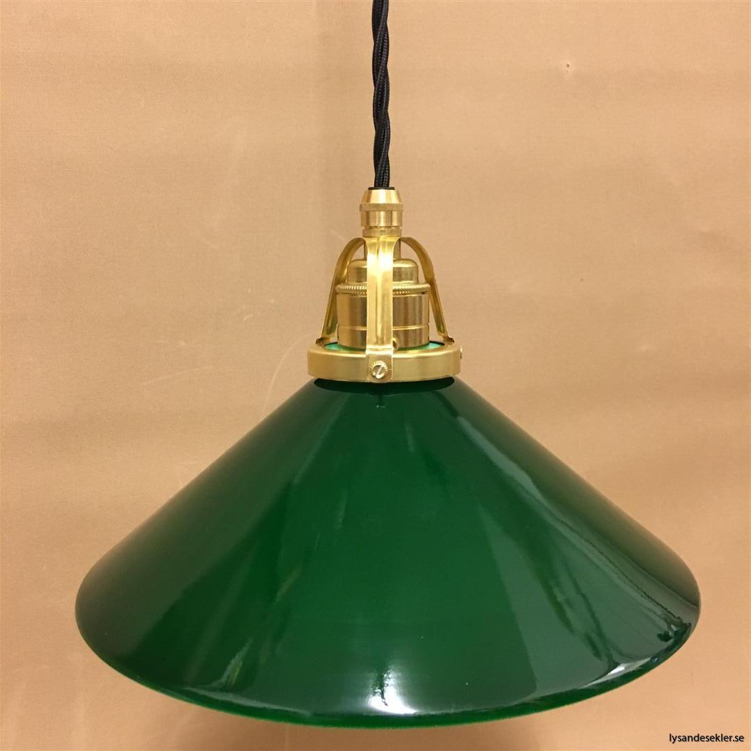 fönsterlampa i tygsladd mässing (30)