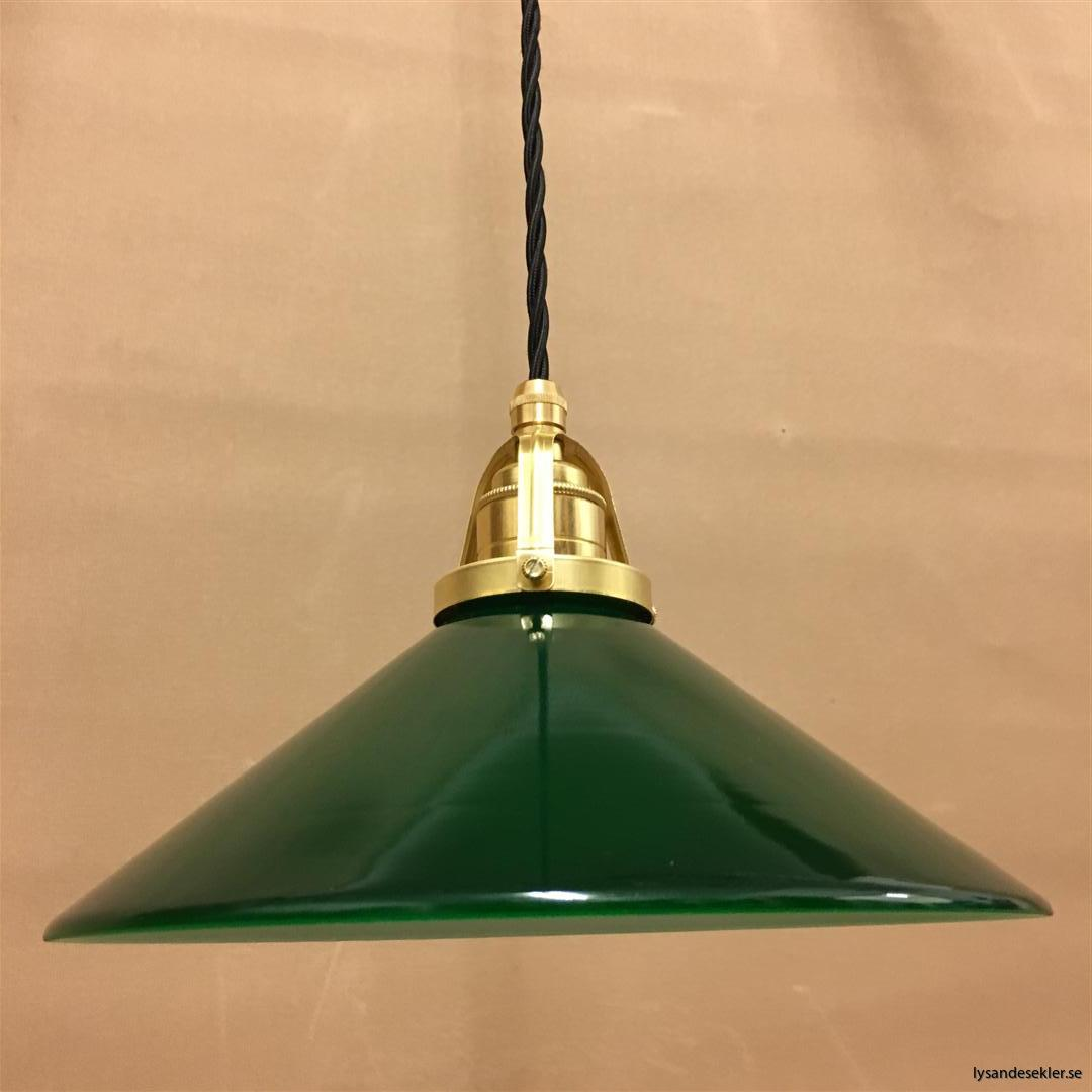 fönsterlampa i tygsladd mässing (32)
