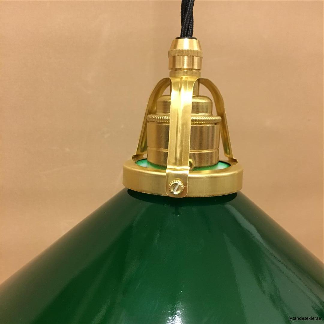 fönsterlampa i tygsladd mässing (34)