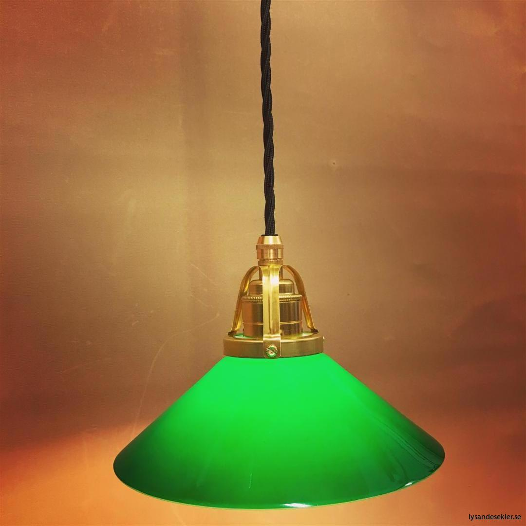 fönsterlampa i tygsladd mässing (16)