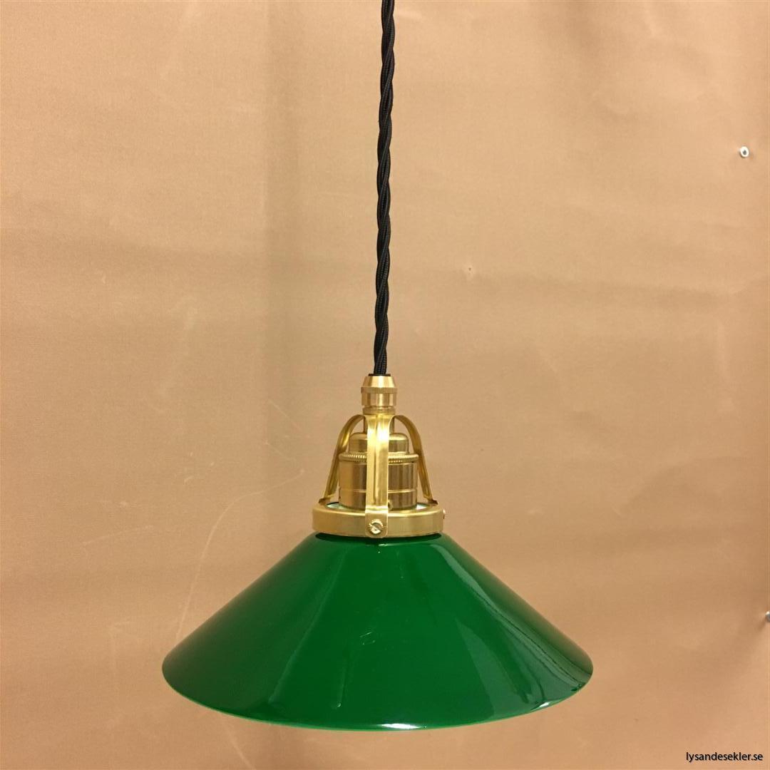 fönsterlampa i tygsladd mässing (11)