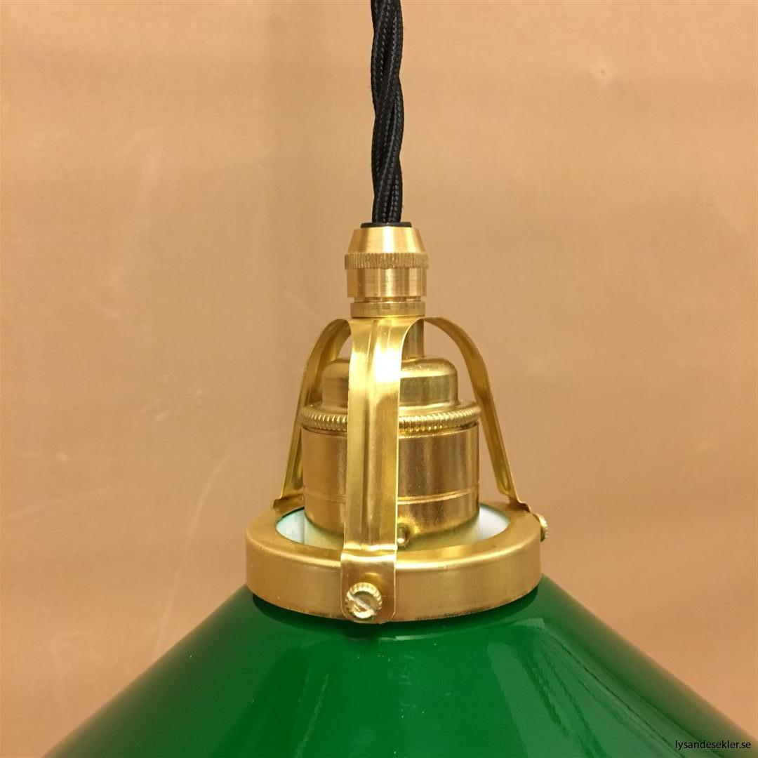 fönsterlampa i tygsladd mässing (14)