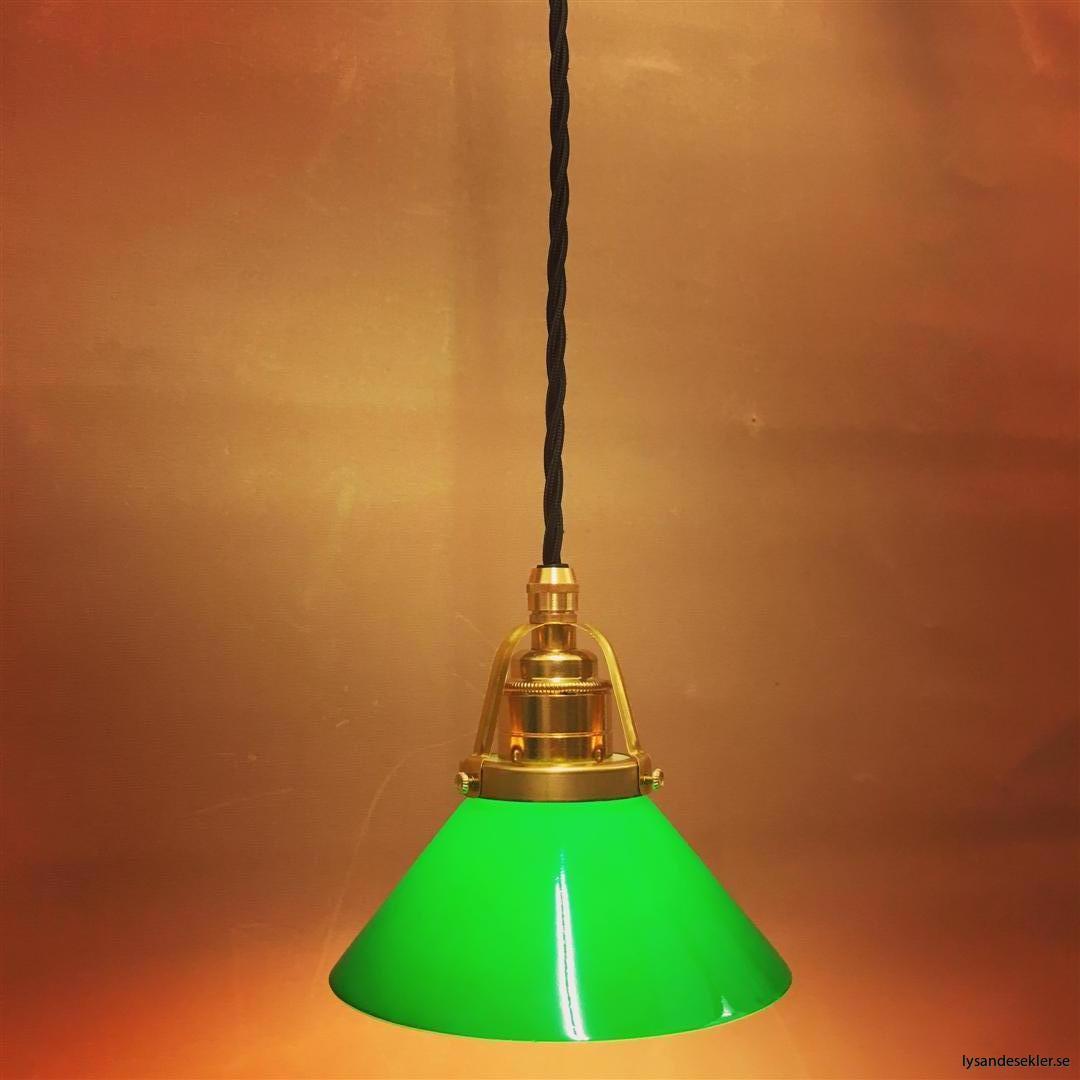 fönsterlampa i tygsladd mässing (7)