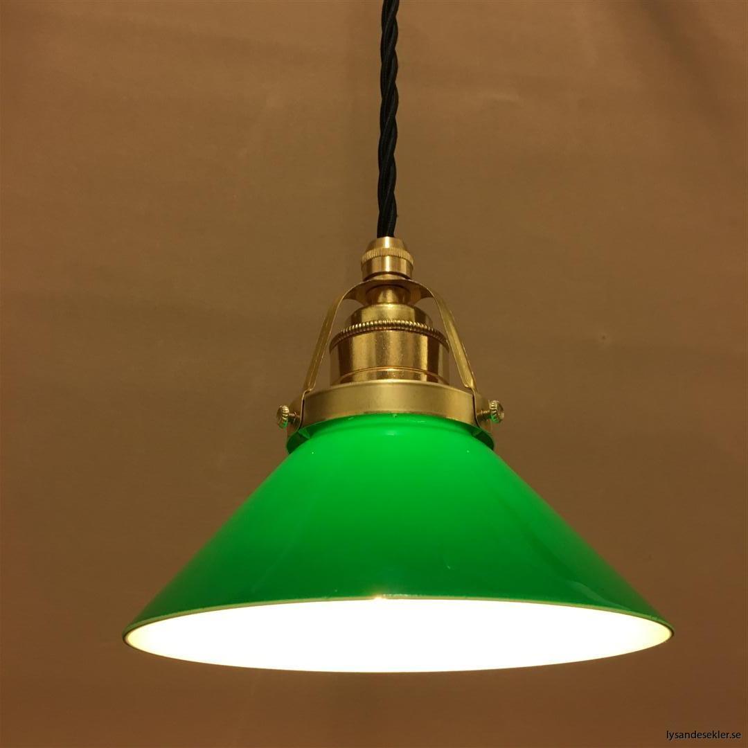 fönsterlampa i tygsladd mässing (10)