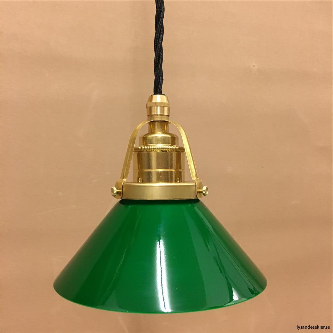 fönsterlampa i tygsladd mässing (2)