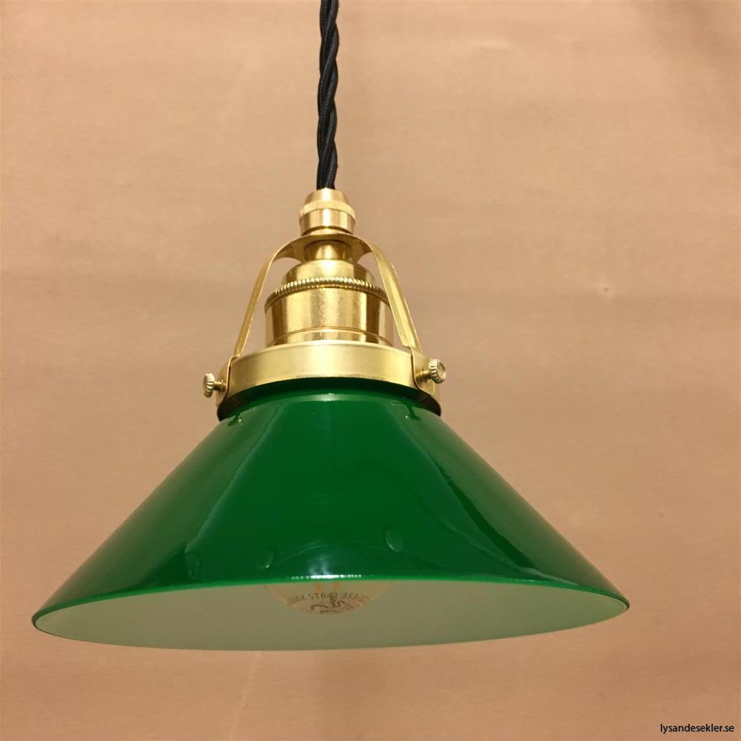 fönsterlampa i tygsladd mässing (3)