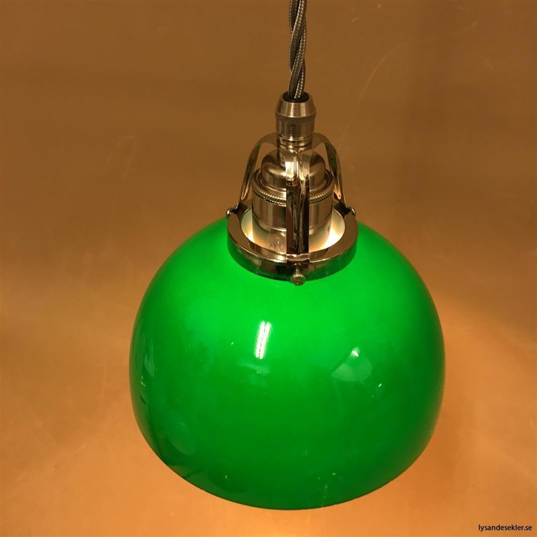 fönsterlampa i tygsladd nicklat fäste (31)