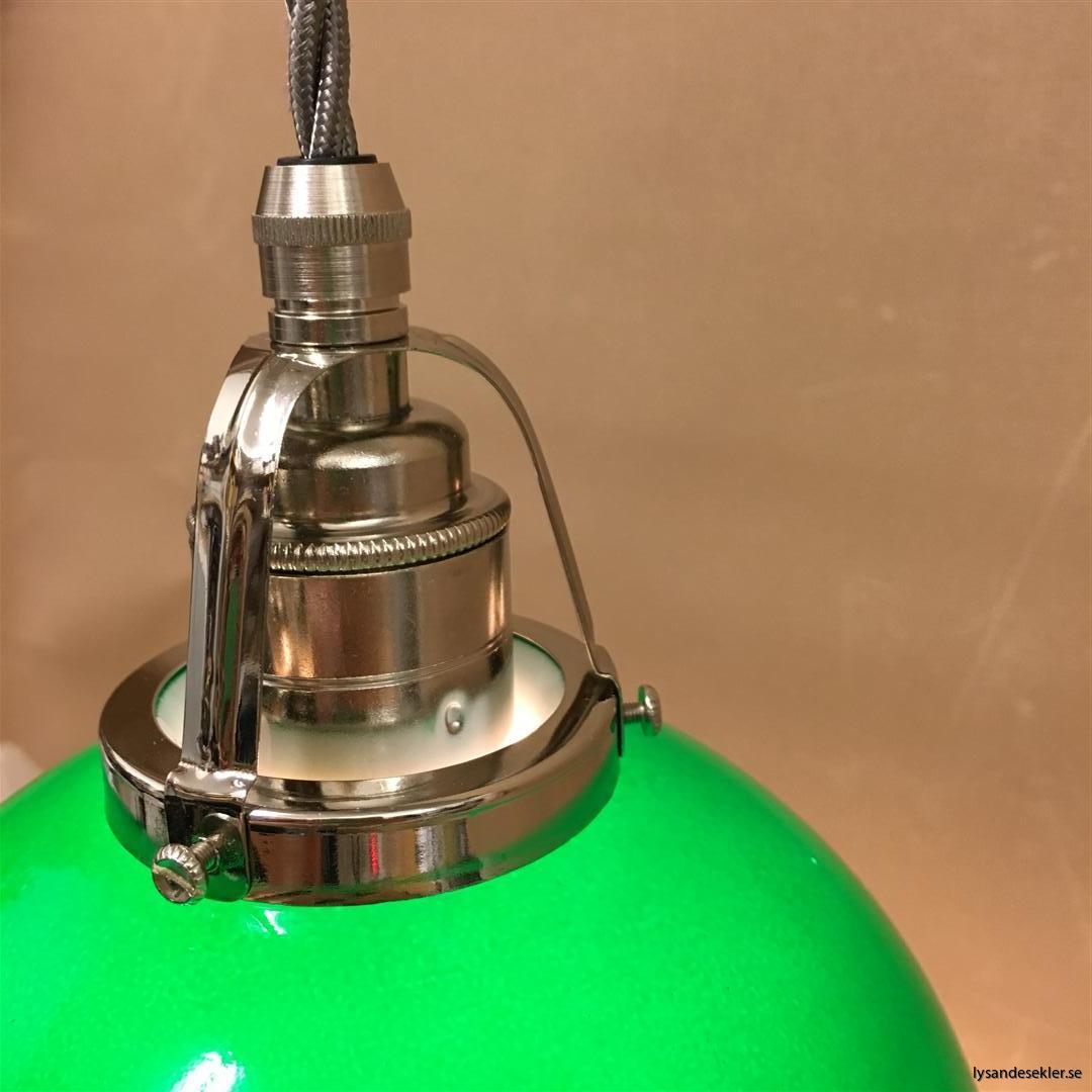 fönsterlampa i tygsladd nicklat fäste (34)