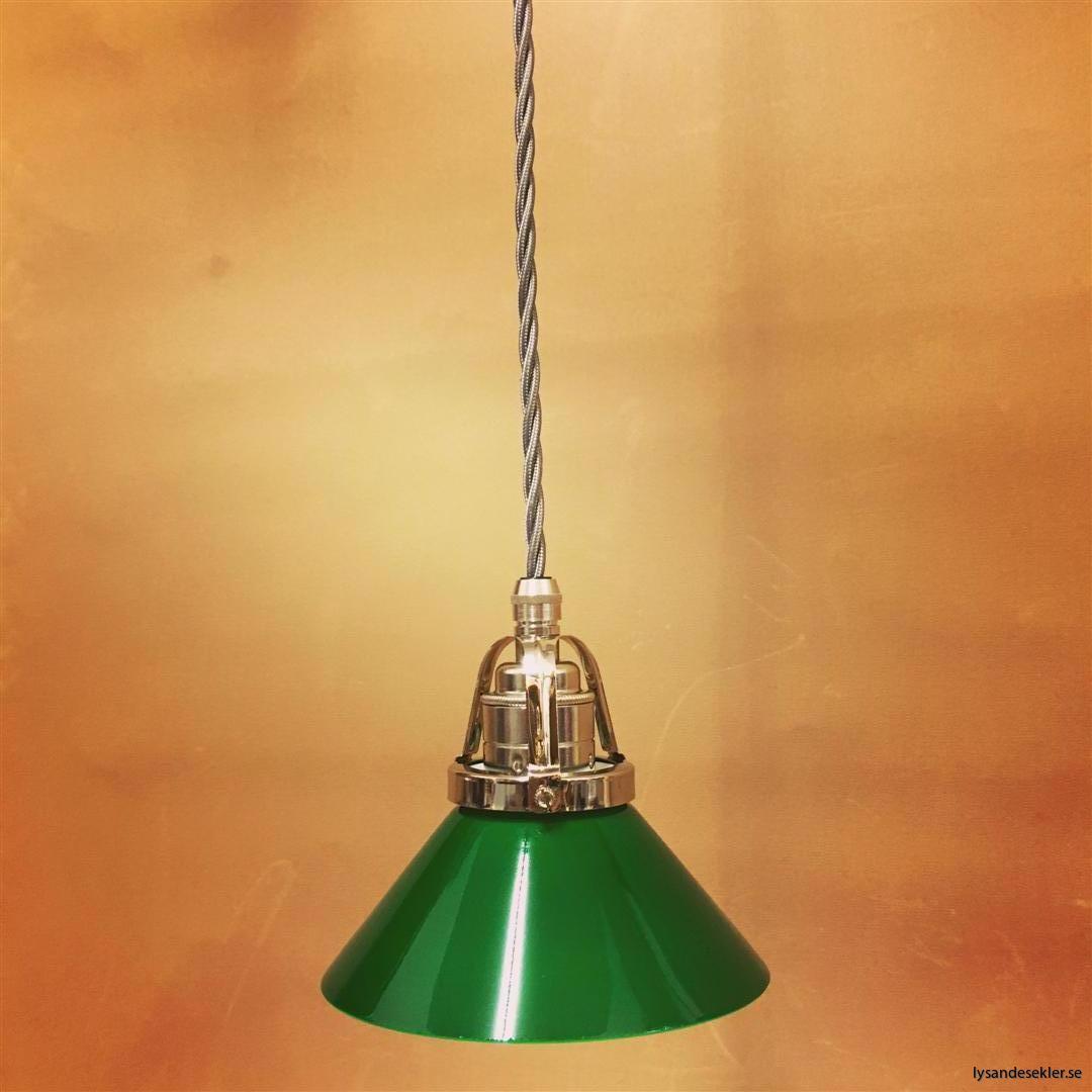 fönsterlampa i tygsladd nicklat fäste (46)