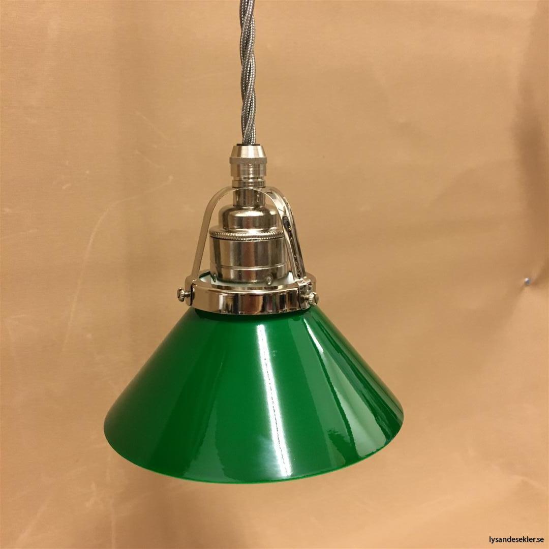 fönsterlampa i tygsladd nicklat fäste (41)