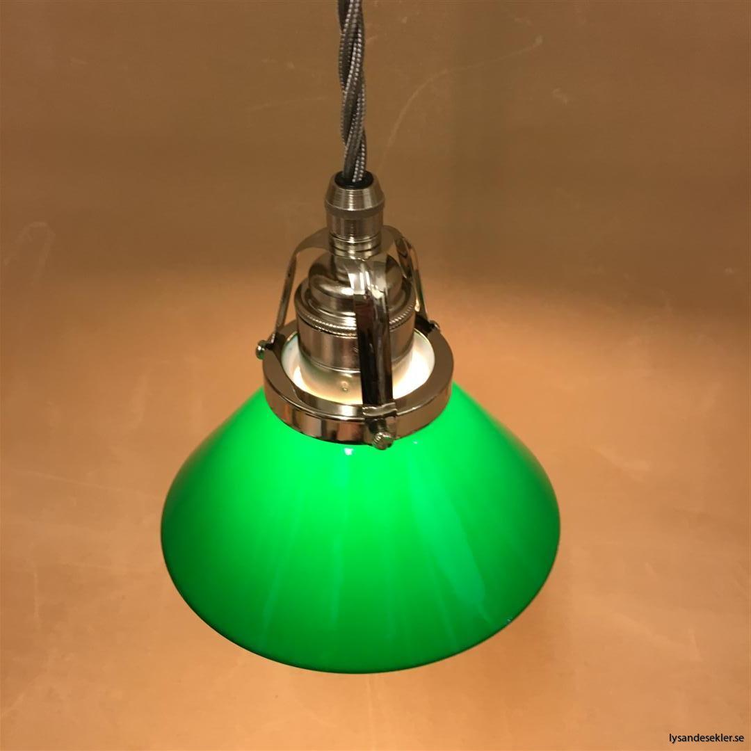 fönsterlampa i tygsladd nicklat fäste (38)