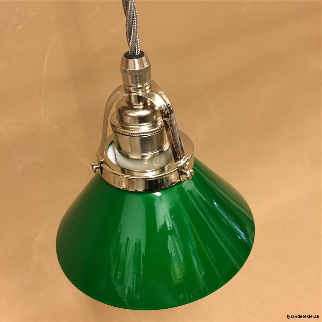 fönsterlampa i tygsladd nicklat fäste (42)