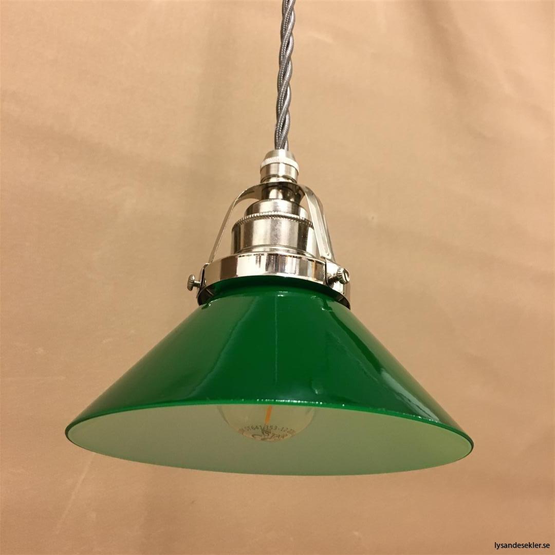fönsterlampa i tygsladd nicklat fäste (45)