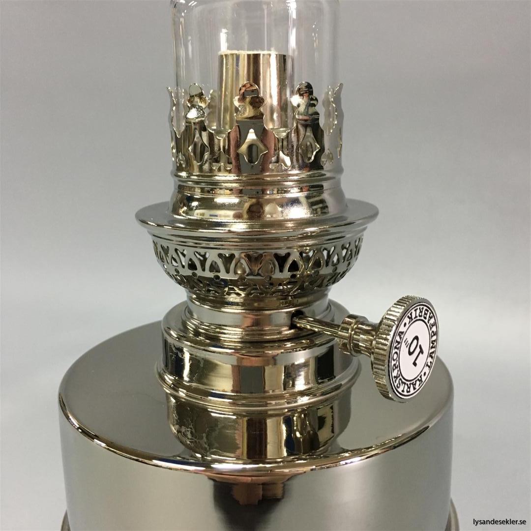 flaggskär förnicklad nickel nicklad fotogenlampa oljelampa karlskrona lampfabrik (4)