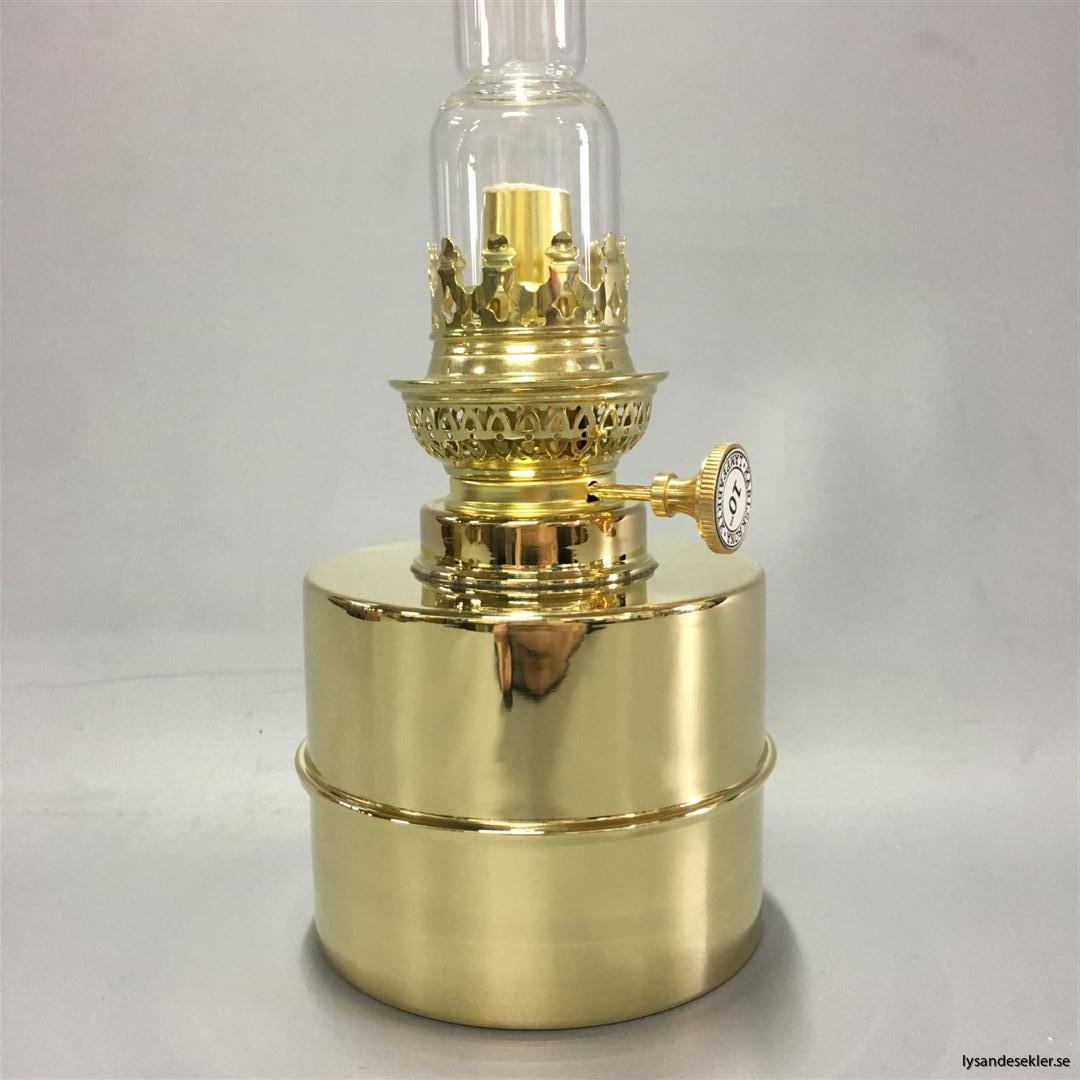 fotogenlampa bord bordsfotogenlampa karlskrona lampfabrik (32)