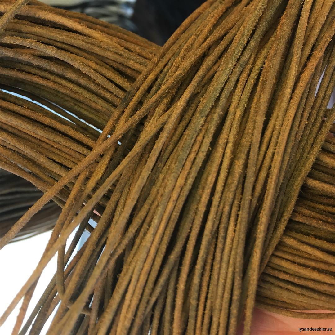 läderrem brun svart tunn lädersnöre (2)