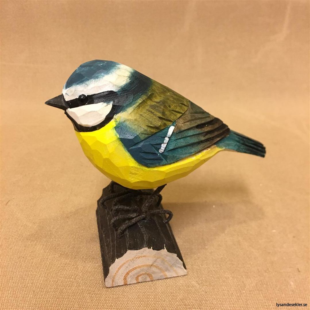 handsnidad blåmes fågel trä dekoration (4)