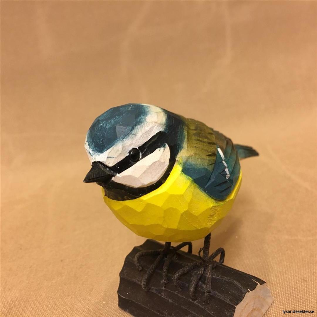 handsnidad blåmes fågel trä dekoration (1)