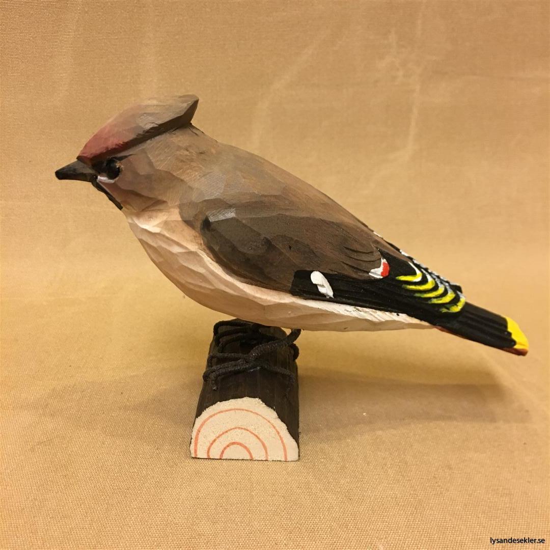 sidensvans handsnidad fågel trä snidad naturlig storlek dekoration (1)