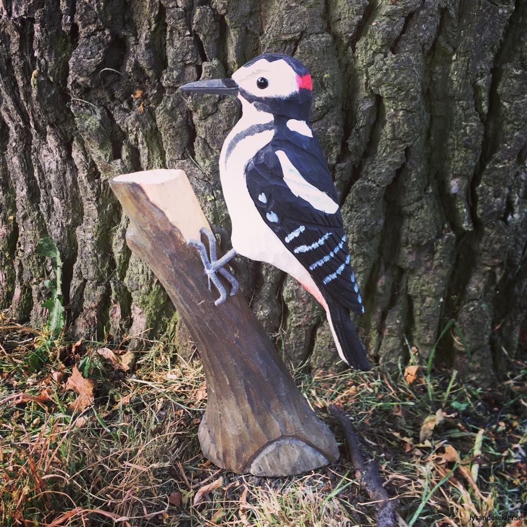hackspett  handsnidad fågel trä snidad dekoration